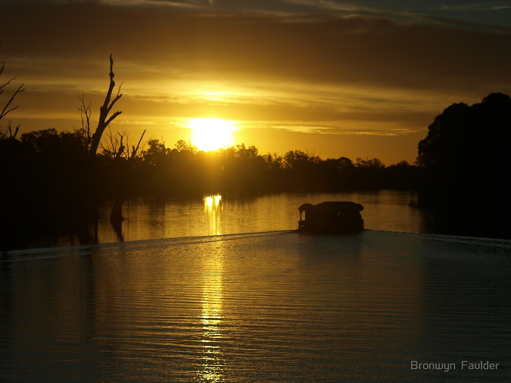 Sunset on the Murray by Bronwyn  Faulder