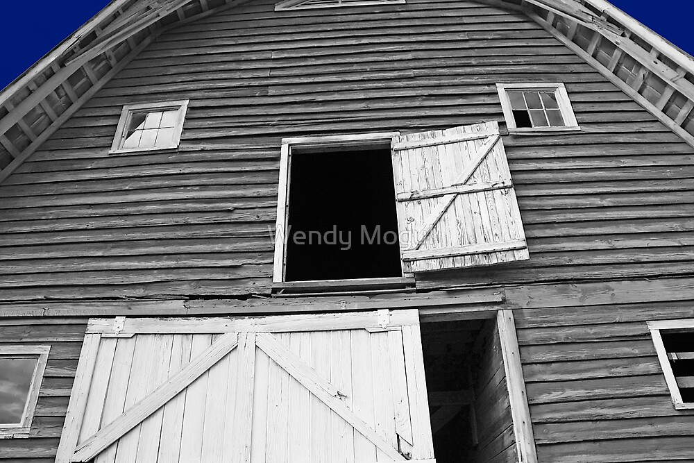 Old Barn II by Wendy Mogul