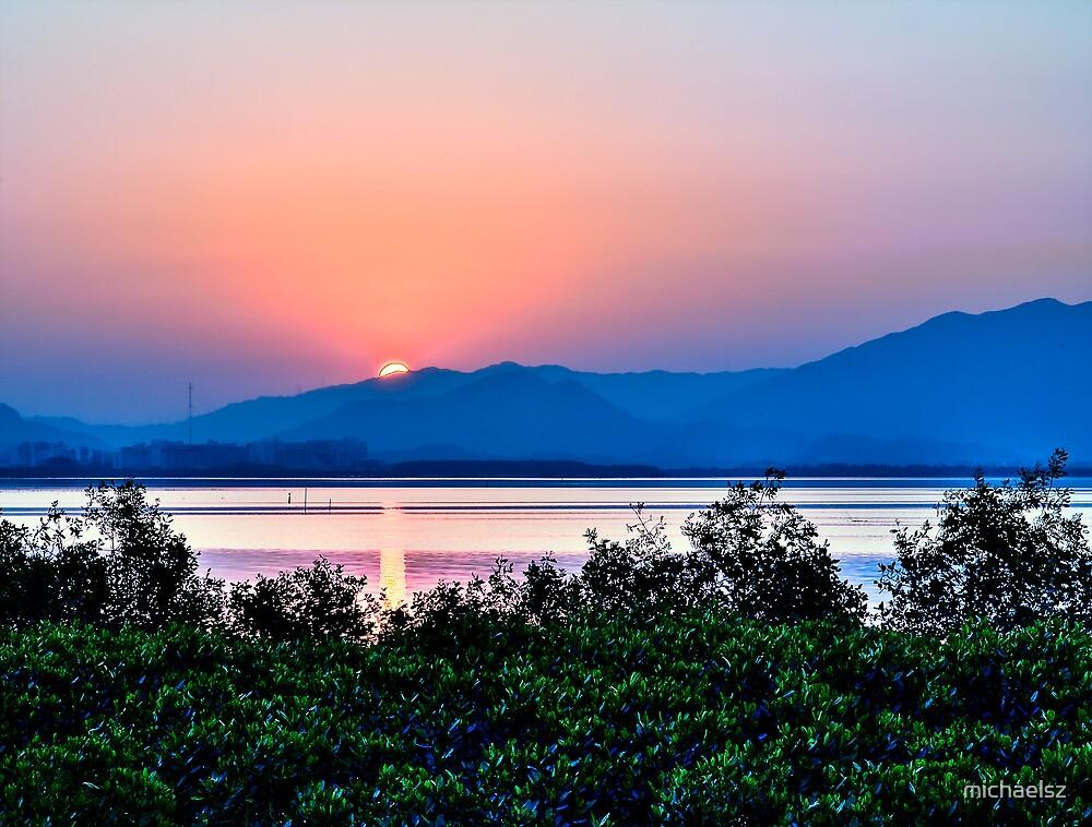 Dawn at Shenzhen Bay by michaelsz