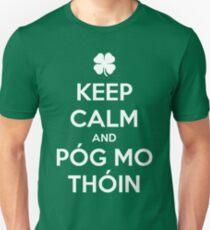 Keep Calm and Póg Mo Thóin Unisex T-Shirt