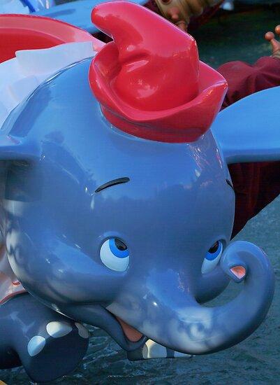 Flying Elephants by harborhouse55