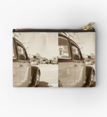 Air Force Classic VW Beetle  Studio Pouch