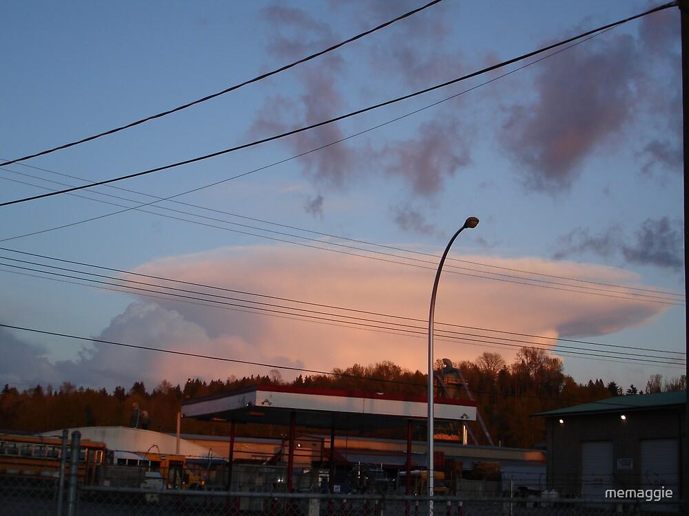 unusual cloud formation by memaggie