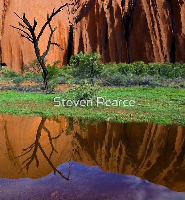 Uluru Reflections by Steven Pearce