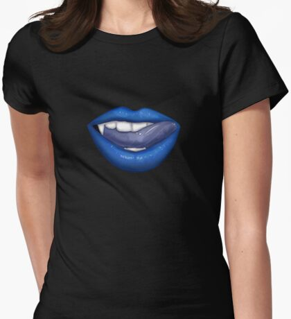 VAMPIRE LIPS - BLUE (2) T-Shirt