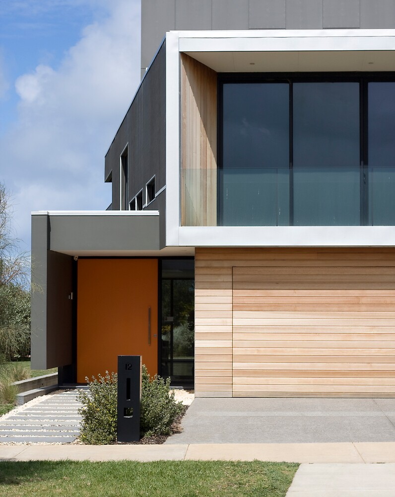 Modern House by Robbie Gibson