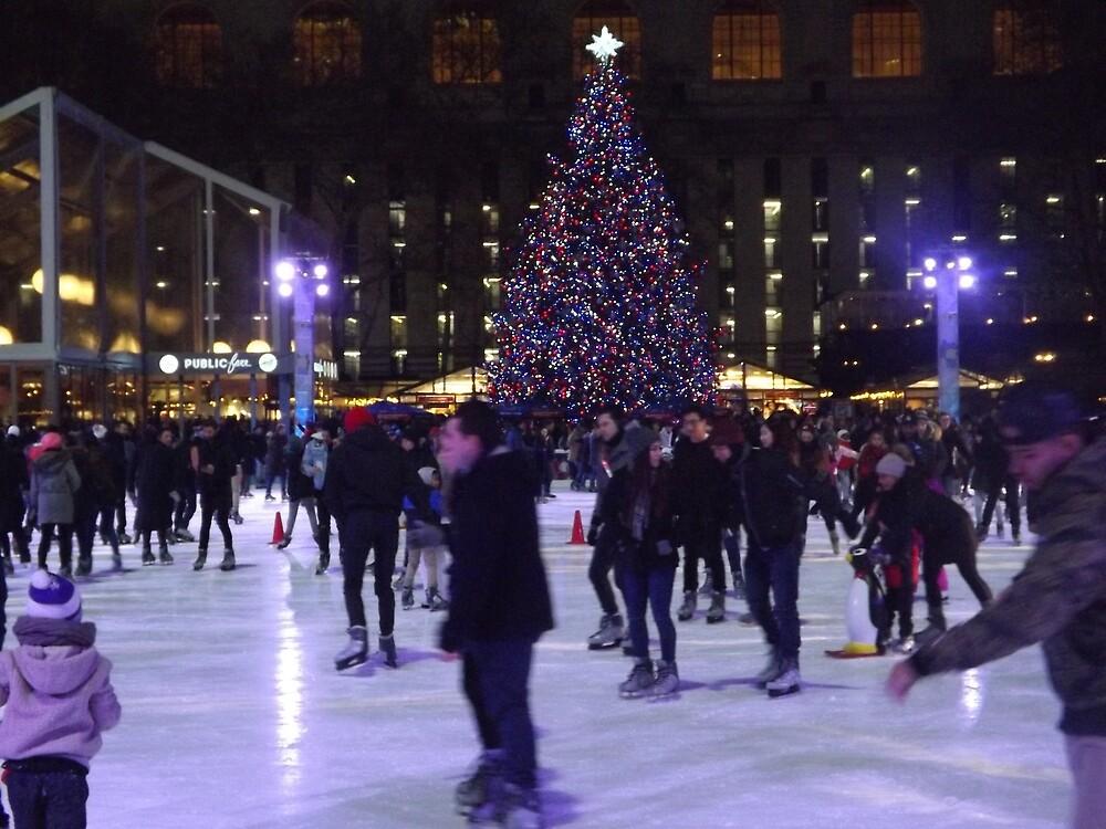 Midtown Skating, New York City by lenspiro