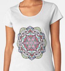Camiseta premium de cuello ancho Mandala de flores n. ° 38