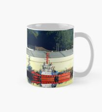Tugs on glass Mug