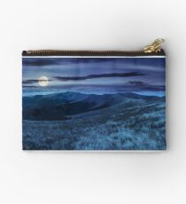 wild grass on mountain top at night Studio Pouch