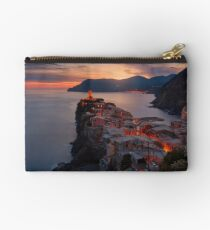 On the edge of Italy Studio Pouch