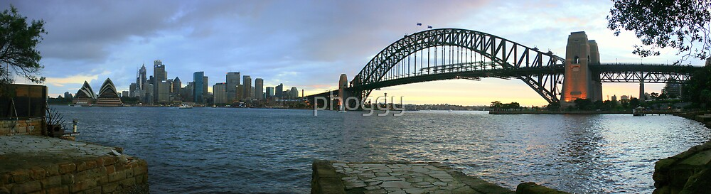 City Pano by phoggy