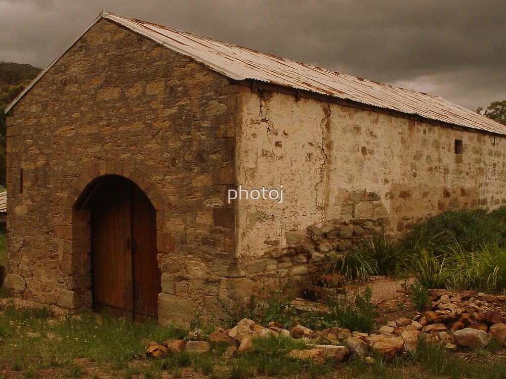 photoj S.A Homestead Barn by photoj