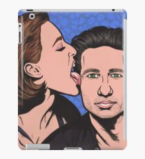 Mulder and Scully X Files iPad Case/Skin