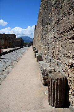 Pompeii waits by stjc
