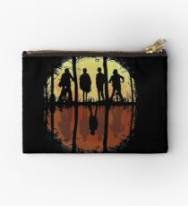 Friends Don't Lie -Eleven, Stranger Things Studio Pouch