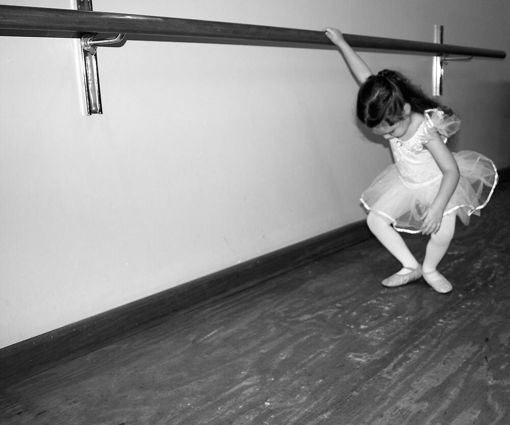 Tiny Dancer by mekea