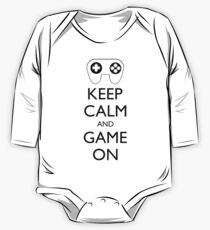 KEEP CALM AND GAME ON - Game pad One Piece - Long Sleeve