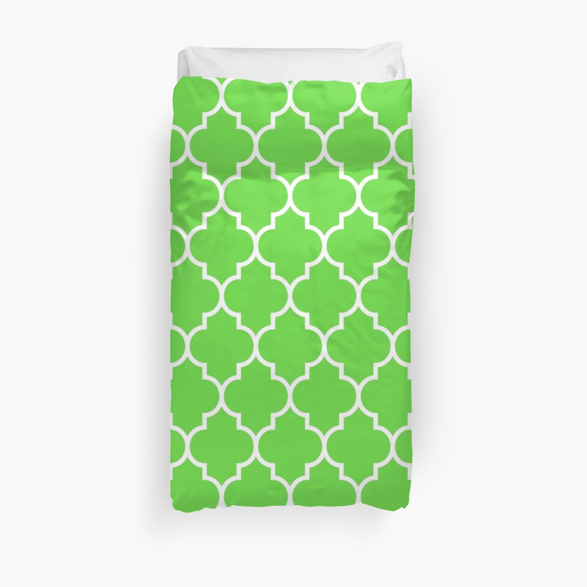 GREEN AND WHITE Moroccan Quatrefoil by XanderOne