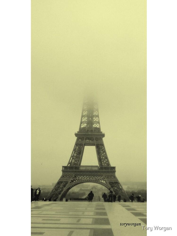 La Tour Eiffel by toryworgan
