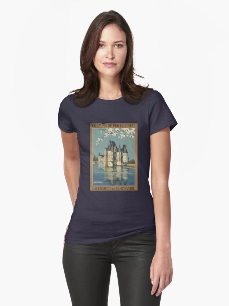 Vintage France T-Shirt Chateau Retro Travel Poster Womens T-Shirt Front