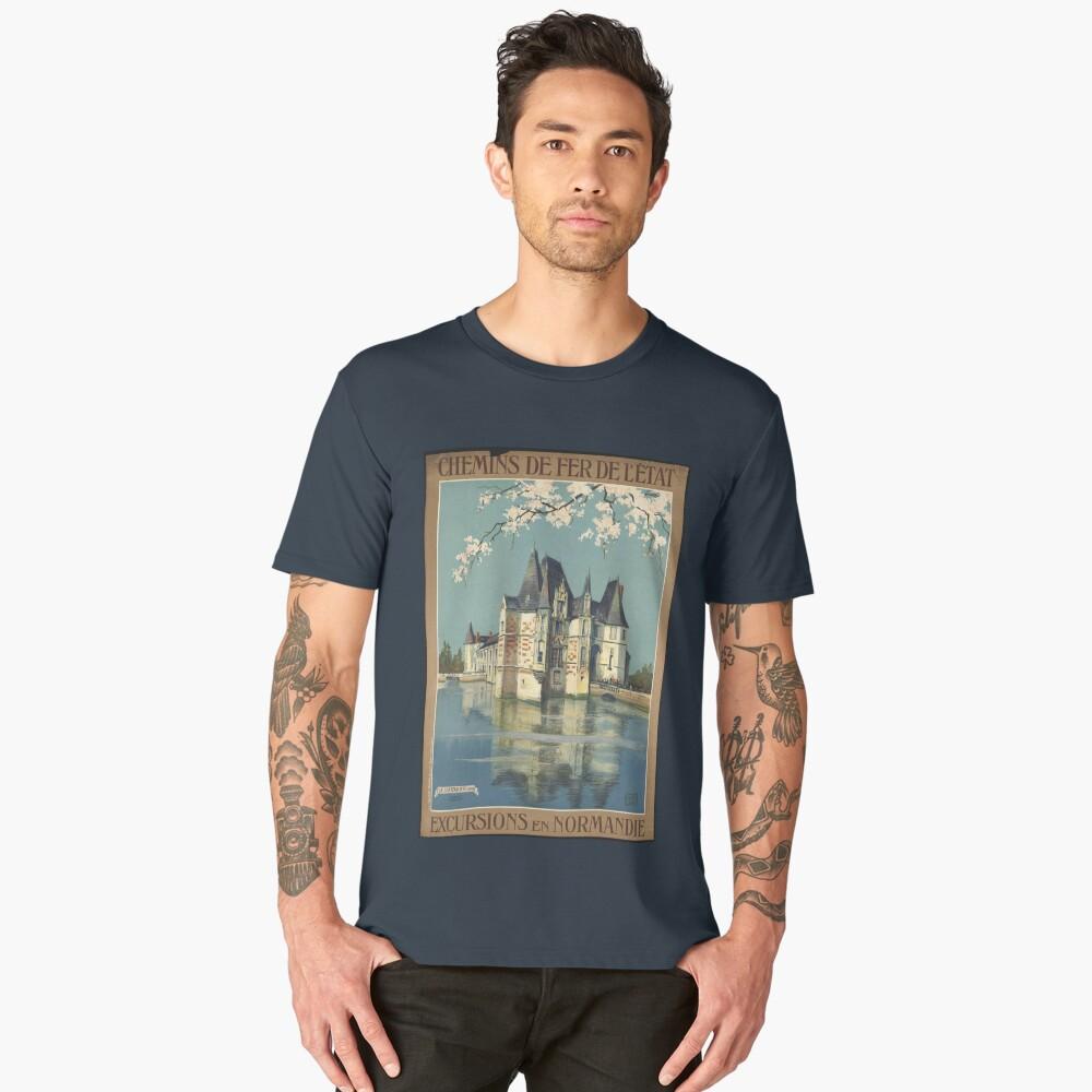 Vintage France T-Shirt Chateau Retro Travel Poster Men's Premium T-Shirt Front