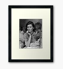 Migrant Mother, taken by Dorothea Lange in 1936 Framed Print