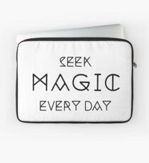Seek Magic Everyday  Laptop Sleeve