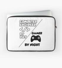 Gamer programmer T shirt Laptop Sleeve