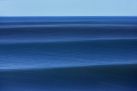 A Set Approaching The Hawaiian Pipeline #2 by David Orias