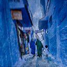 Chechaouen street  by Geraldine Lefoe
