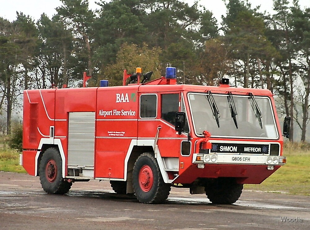 BAA Airport Fire Engine (photo) by Woodie