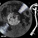 Moon on turntable by monsterplanet