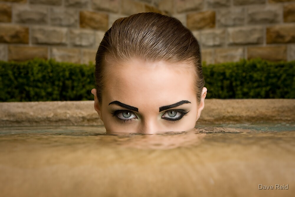 Eyes above by Dave Reid
