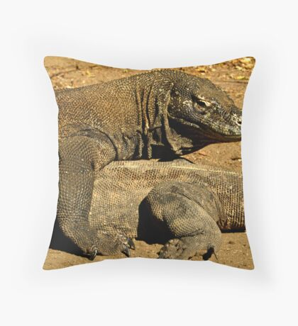 Komodo Dragons Throw Pillow
