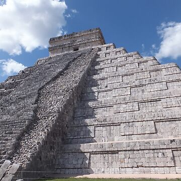 The Temple of Kukulcan-Chichen Itza by Alexandre555
