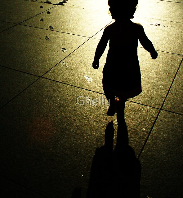 Follow me by Ghelly