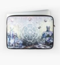 Experience So Lucid, Discovery So Clear Laptop Sleeve