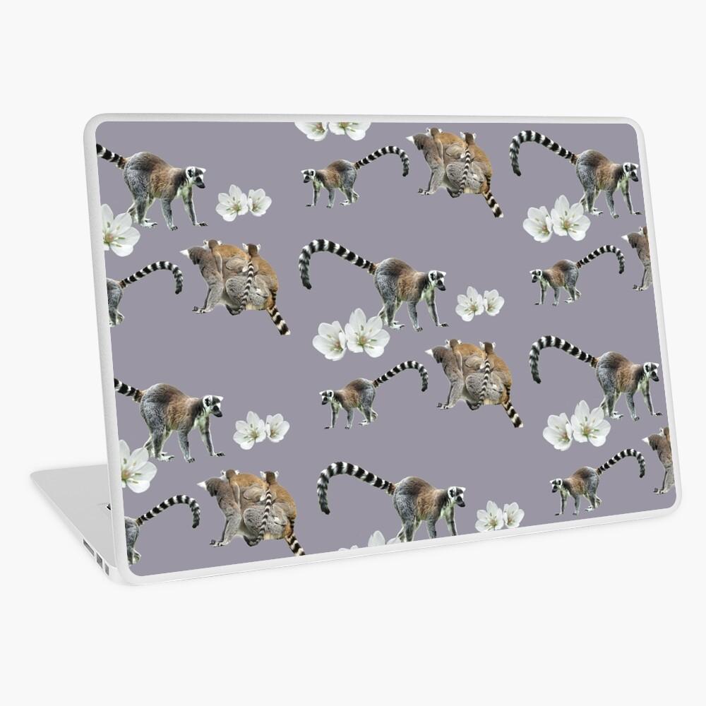 Lemur love Laptop Skin
