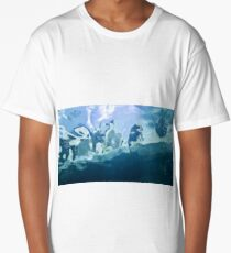 Penguin through water Long T-Shirt