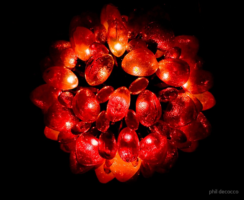 Regal Red Wreath by phil decocco