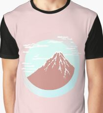 Montaña nublada Camiseta gráfica