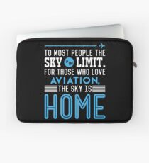 Funda para portátil TO MOST PEOPLE THE SKY IS THE LIMIT. FOR THOSE WHO LOVE AVIATION THE SKY IS HOME