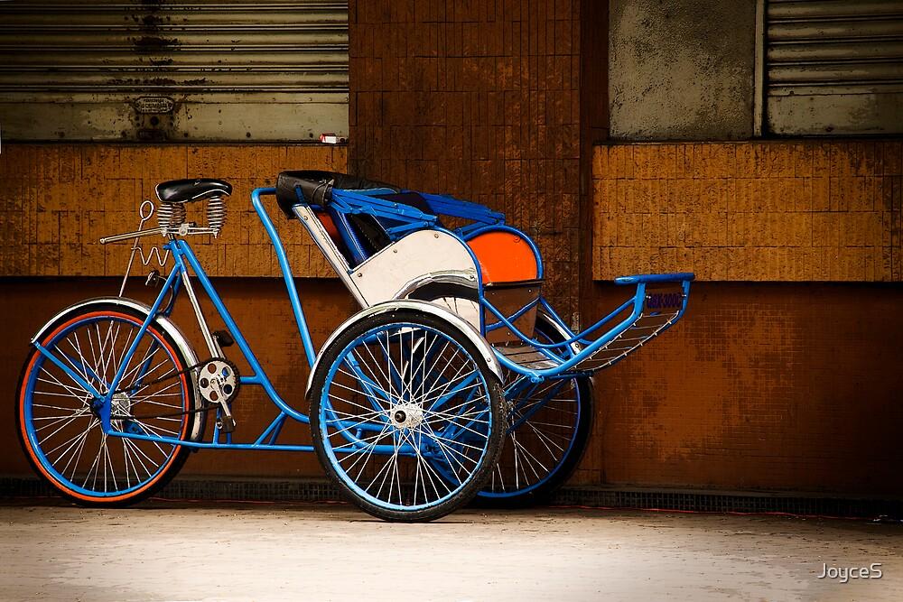 Saigon Cyclo by JoyceS