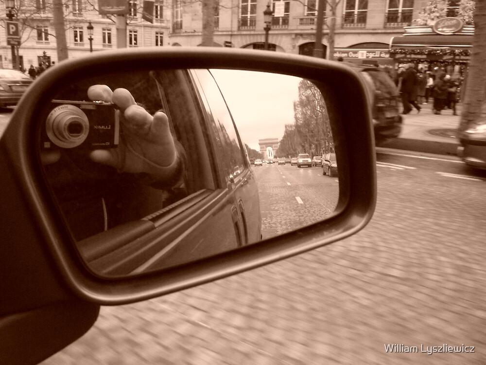 funny Paris by william lyszliewicz