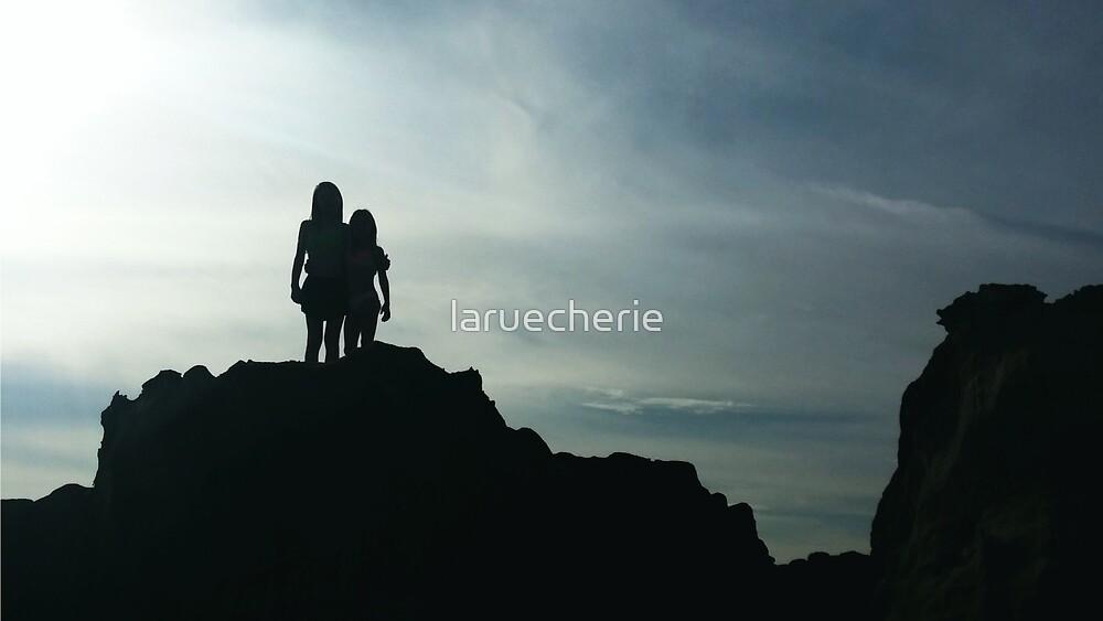 Conjoined by laruecherie