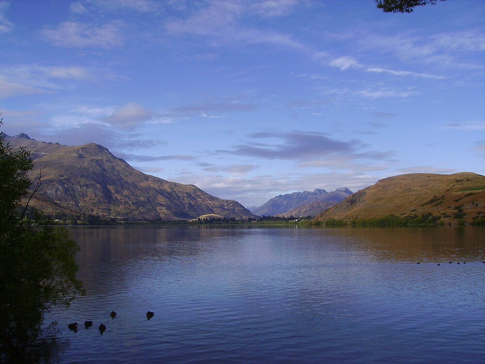 Lake Hayes, New Zealand by Phil413Jay