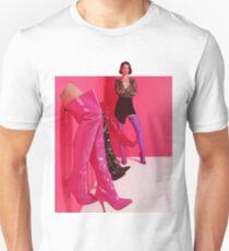 St. Vincent Massenvernichtung Slim Fit T-Shirt