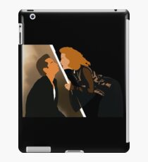 X Files - Mulder Scully David Duchovny Gillian Anderson iPad Case/Skin