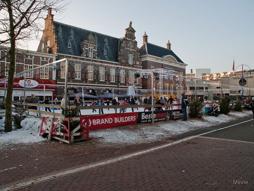 Skating on the marketplace in Almelo by Minne